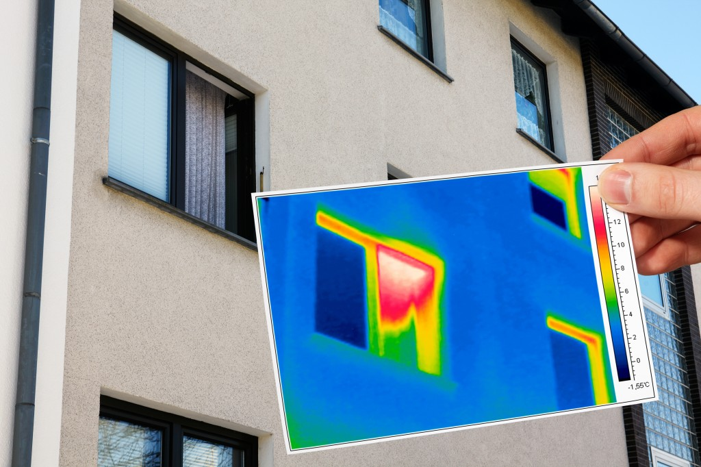 thermal imaging of an open window